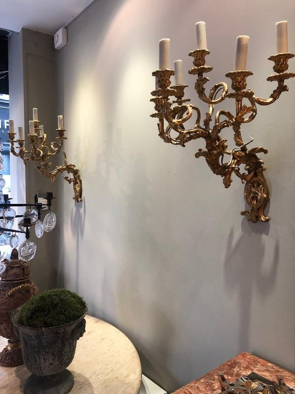 Big pair of sconces in giltwood circa 1880