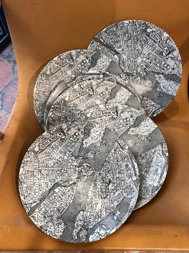 Rare set of 6 Fornasetti plates « map of Stockholm «  circa 1960